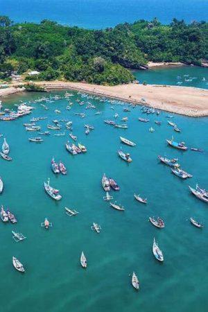 wisata-pantai-di-tulungagung-Pantai-Popoh
